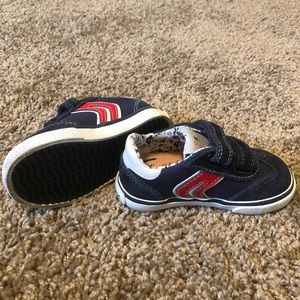 NWOT GEOX Respira toddler size 4 1/2 shoes